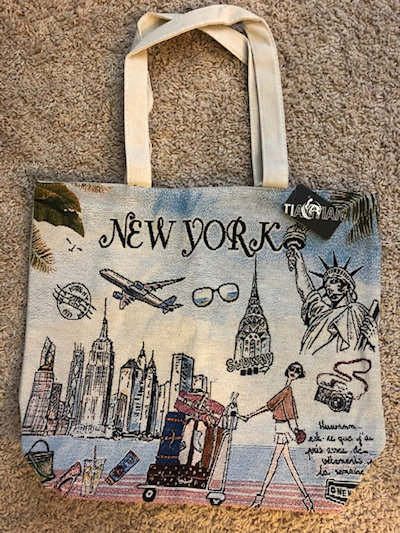 [photo:canvas bag]